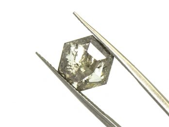 Diamond – Salt and Pepper – 3.42ct (D92)